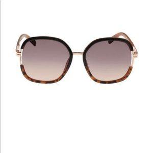 Jessica Simpson Women's J5443 Oversized Sunglasses